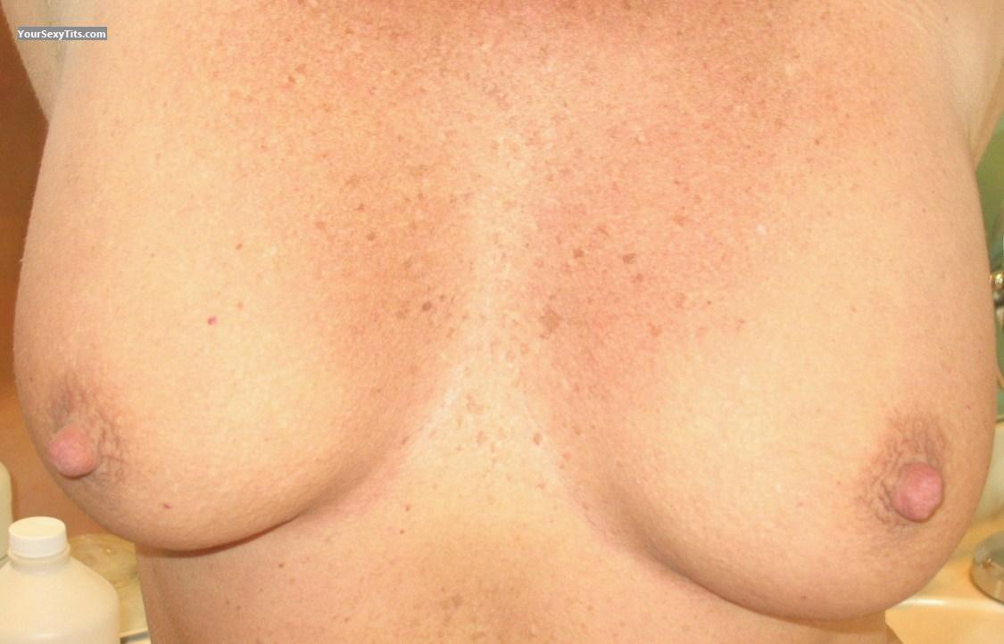 Tit Flash: Big Tits - Liza730 from United States