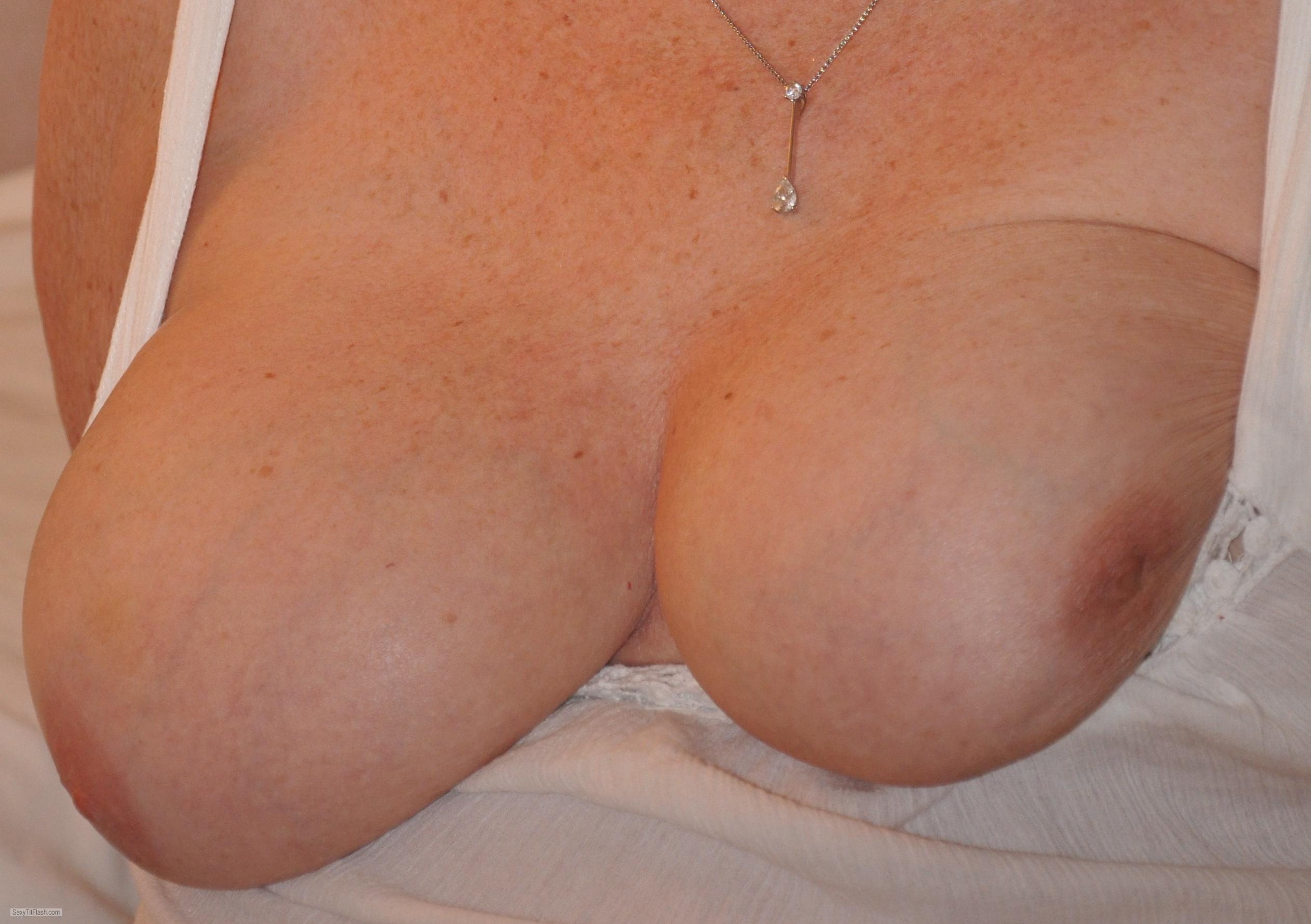 Tit Flash: My Friend's Big Tits - Sexy M from United Kingdom