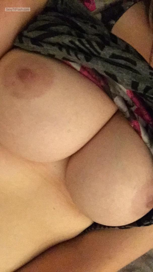 Tit Flash: My Big Tits (Selfie) - Hottie92 from United Kingdom