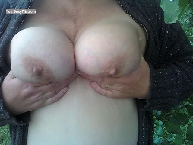 Tit Flash: My Big Tits (Selfie) - 42gems from United Kingdom
