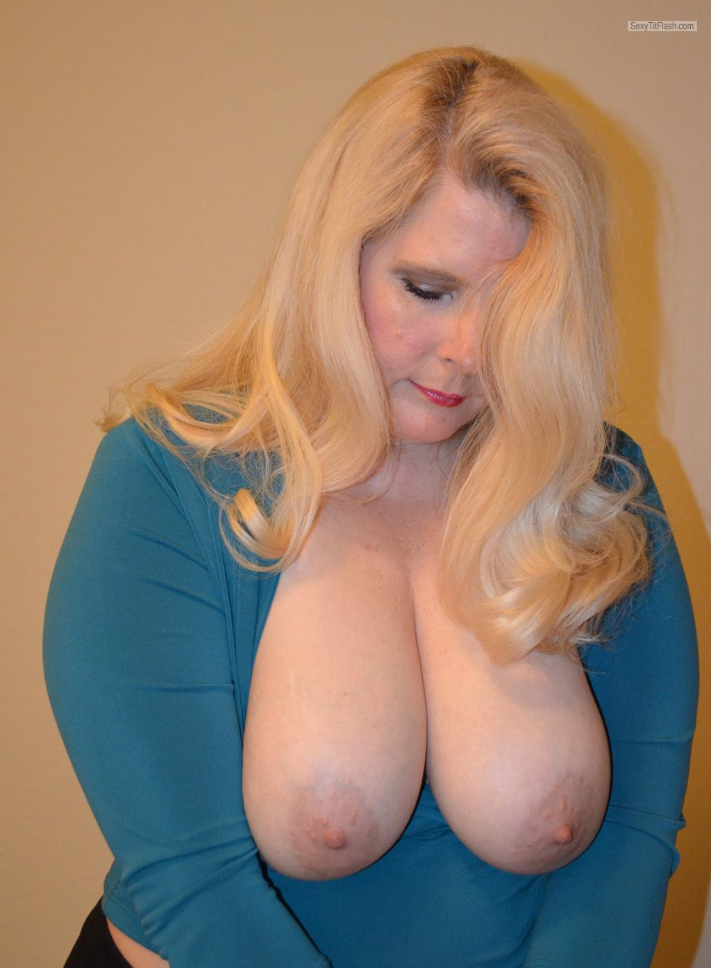 wife dawn tits