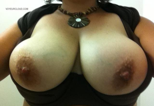Tit Flash: Wife's Big Tits (Selfie) - Molly from United States