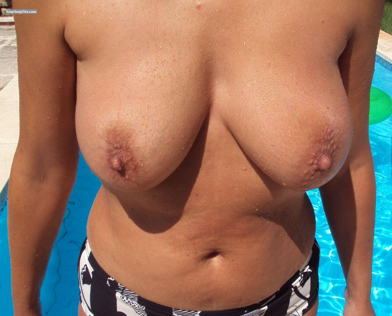 Tit Flash: Big Tits - Pretty Woman from Belgium