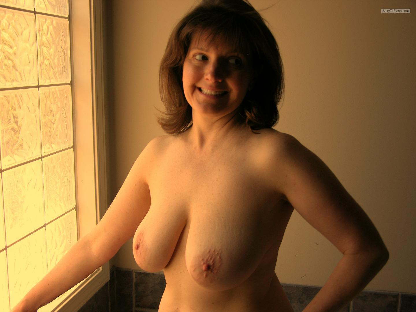 Tit Flash: My Big Tits - Topless Sexy Whore Rhea from United States