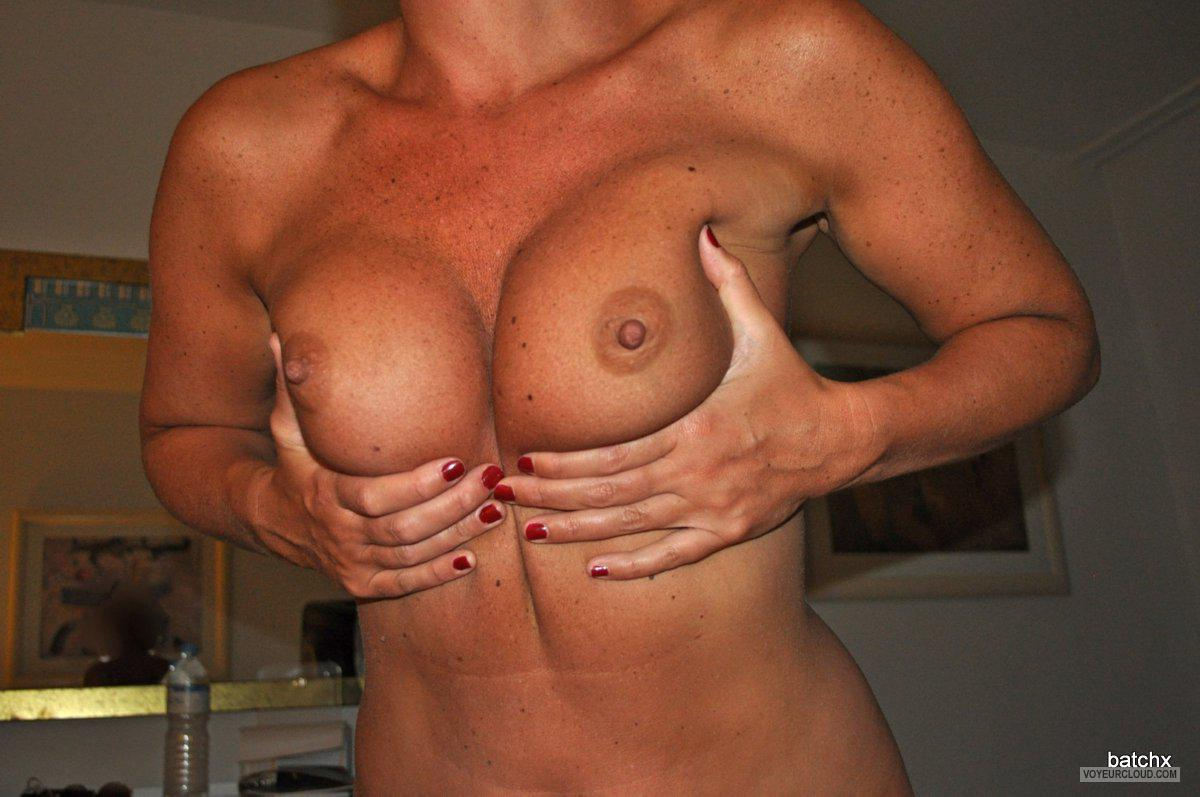 Medium Tits Of My Wife Belladana