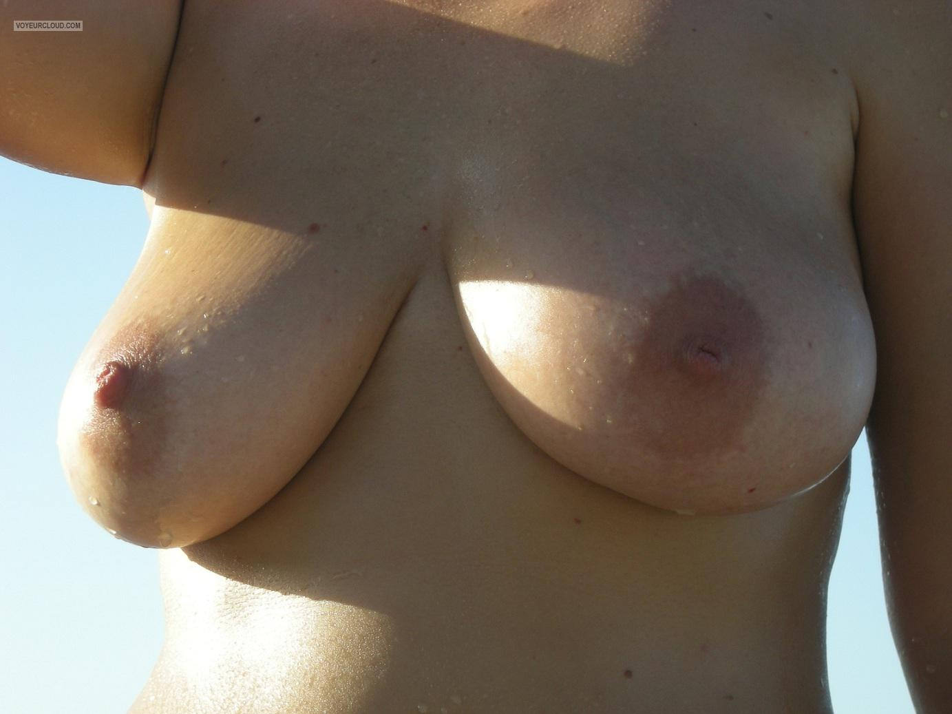 Tit Flash: Girlfriend's Big Tits - M from Greece