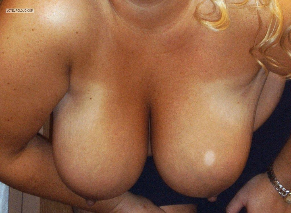Tit Flash: My Friend's Big Tits - Jody from United States