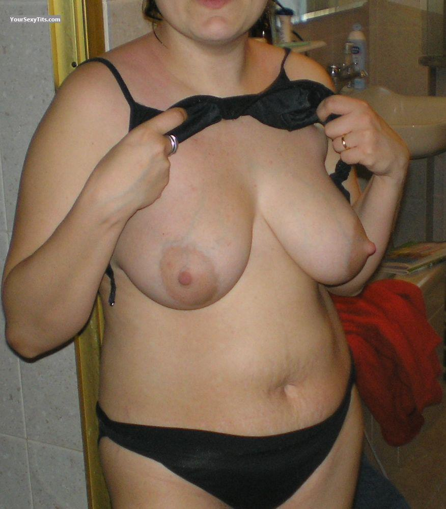 Big Tits Of My Room Mate Lumy