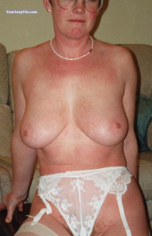 Tit Flash: Big Tits - Jean from United Kingdom