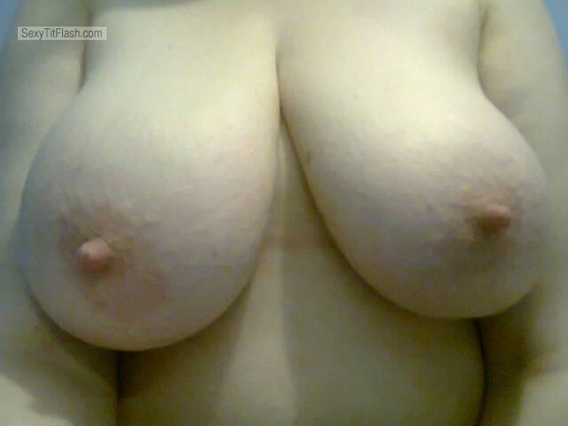 Tit Flash: My Friend's Big Tits (Selfie) - Vixen from United Kingdom