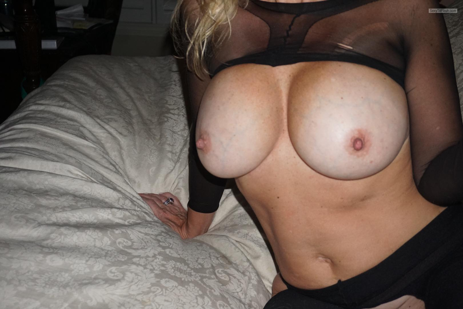 Big Tits Of My Wife Txwifey