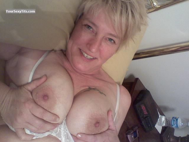 Tit Flash: Big Tits - Topless Double D's from United States