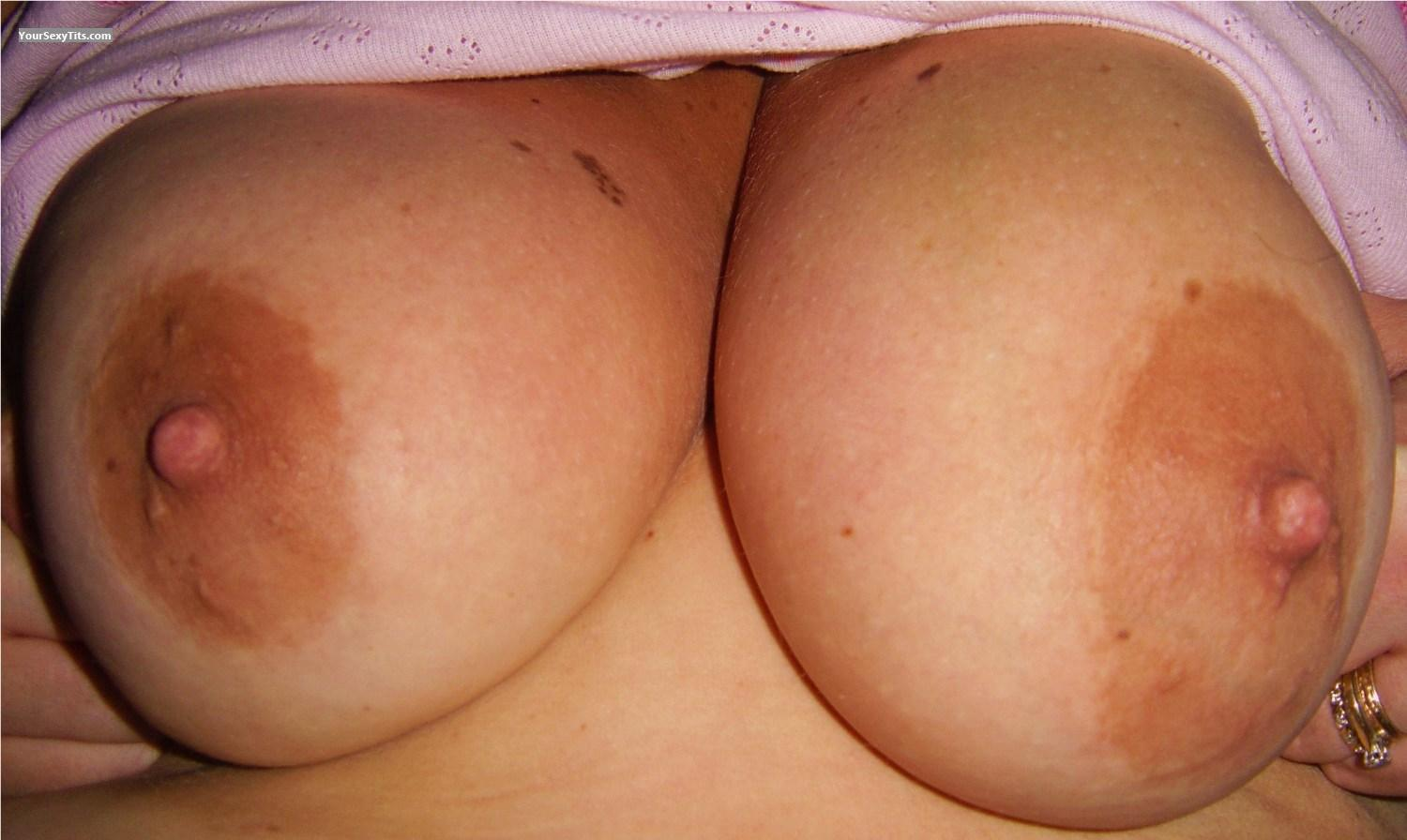 Tit Flash: Big Tits - Joanne from United Kingdom