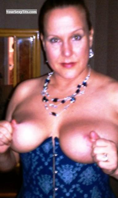 Tit Flash: Big Tits - Topless Eddio from United States