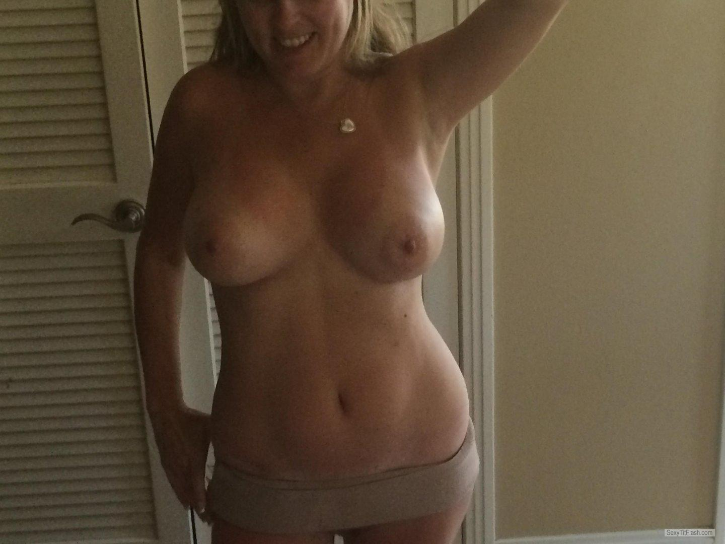 Big Tits Of My Girlfriend Selfie by Pslincs