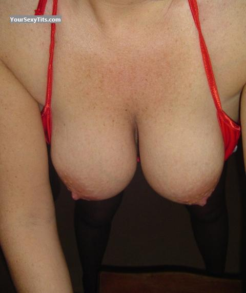 Tit Flash: Big Tits - Kaz from United Kingdom