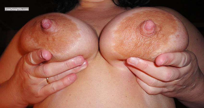 Tit Flash: Girlfriend's Big Tits - Chris from Germany