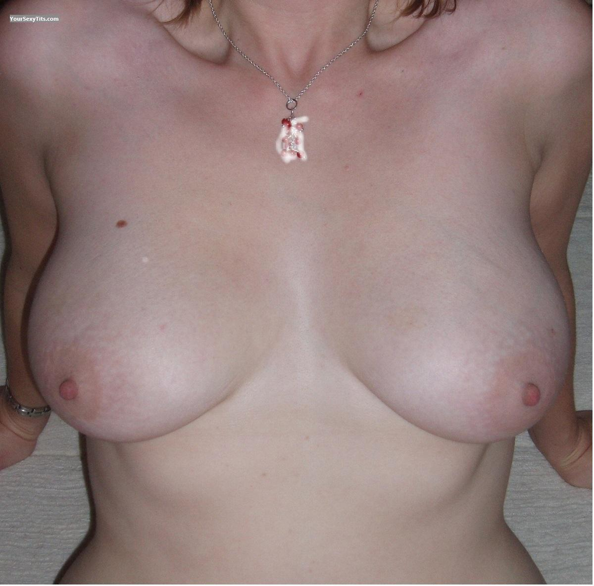 Tit Flash: Girlfriend's Big Tits - Jaynee from New Zealand
