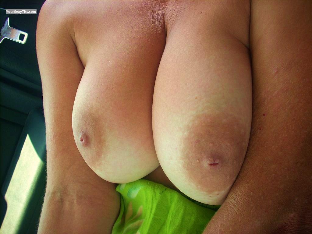 Tit Flash: Big Tits - Texastatas from United States