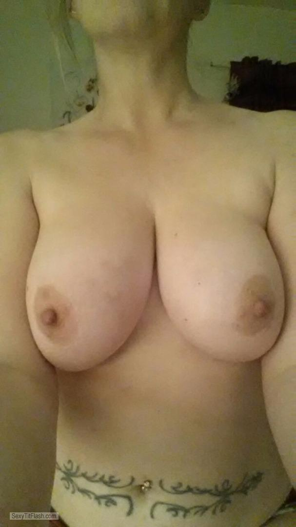 Tit Flash: My Friend's Big Tits (Selfie) - RytonPaula from United Kingdom
