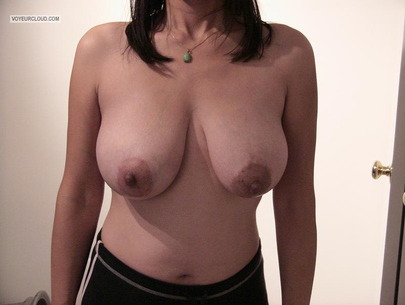 Tit Flash: Wife's Big Tits - My Vietnamese Wife from United States