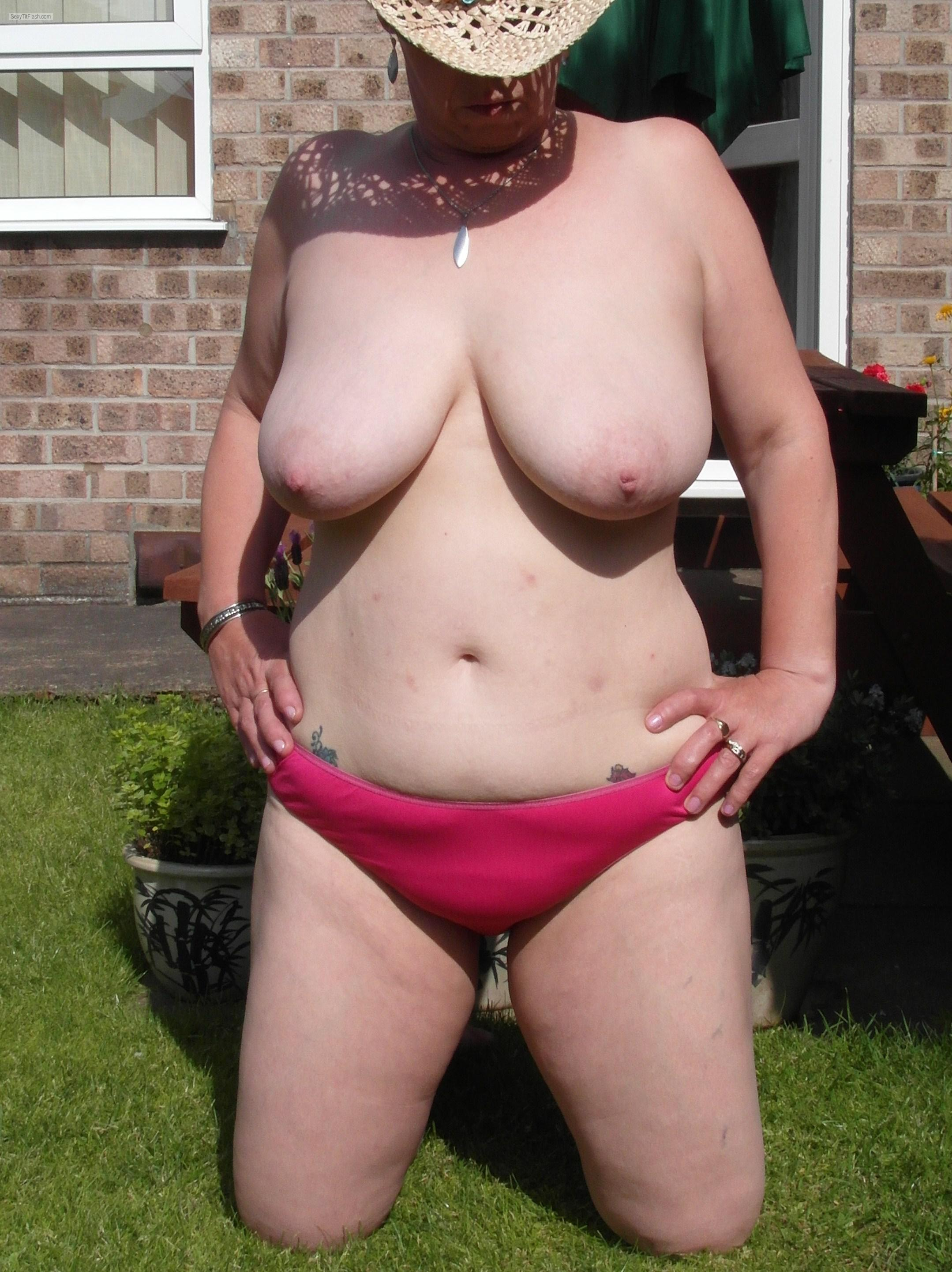Tit Flash: My Big Tits - Sexy Sue from United Kingdom
