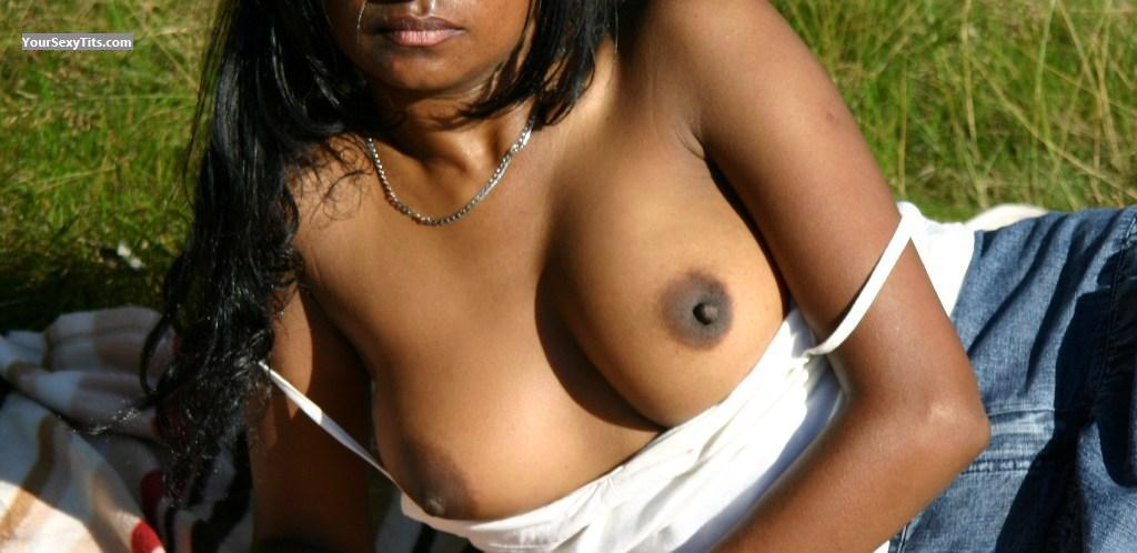 Tit Flash: Big Tits - Sexy P from United Kingdom