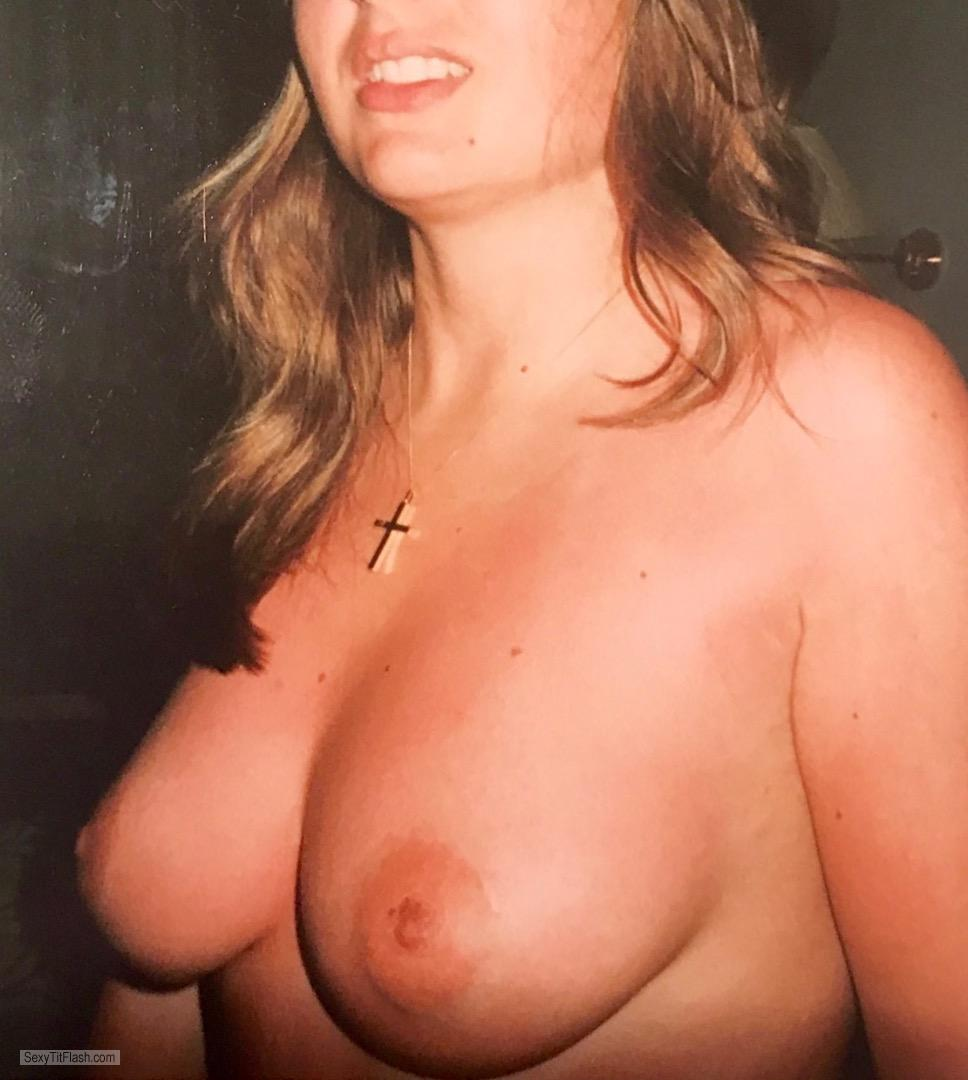 Big Tits Of My Wife Topless Kandl
