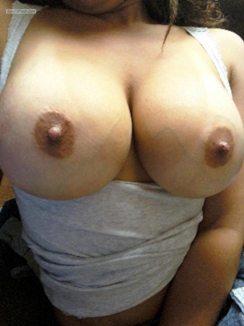 my big tits - topless hot latina mom from united states tit flash id