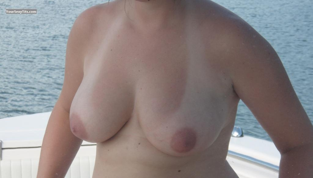 Tit Flash: Big Tits - Cg317 from United States
