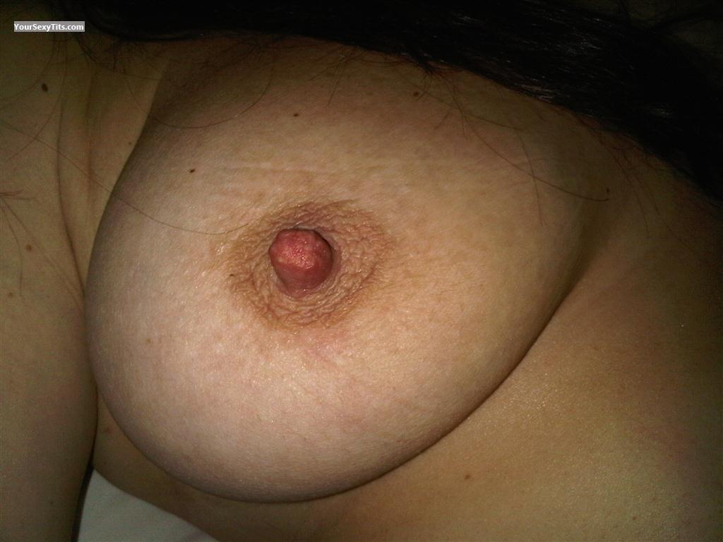 Tit Flash: Big Tits - Susyuk from United Kingdom