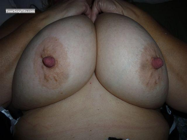 Tit Flash: Wife's Big Tits - Nipples from Canada
