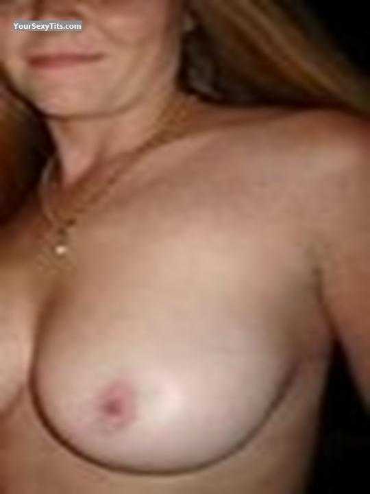 Tit Flash: Big Tits - Cindy from United States