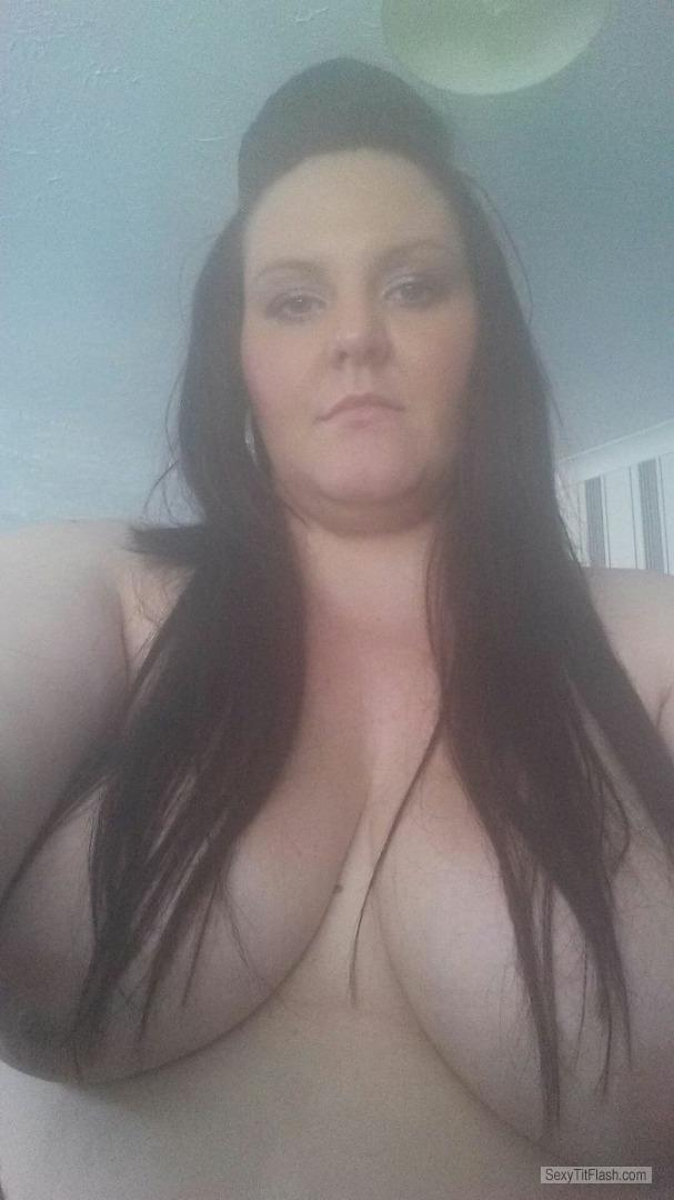 Tit Flash: My Big Tits - Topless Fuck Me from United Kingdom