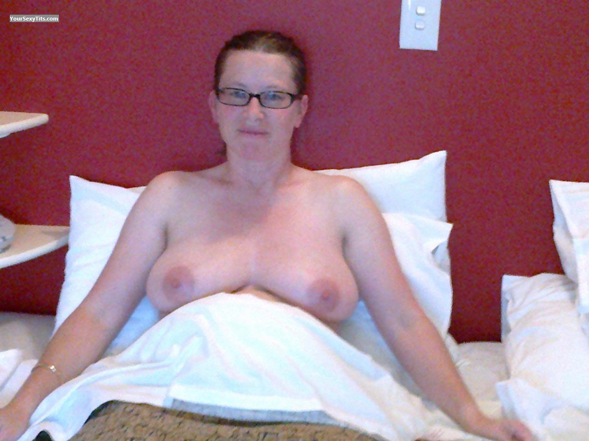 Big Tits Of My Wife Topless Anna Funnude