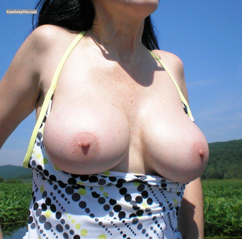 Tit Flash: Big Tits - JB from United States