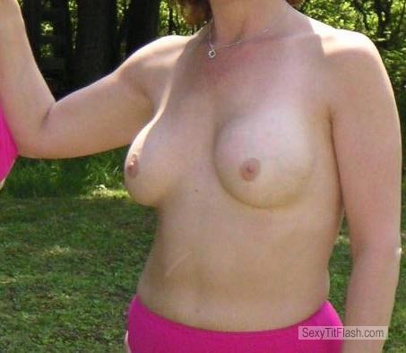 Tit Flash: Wife's Small Tits - Reds from United States