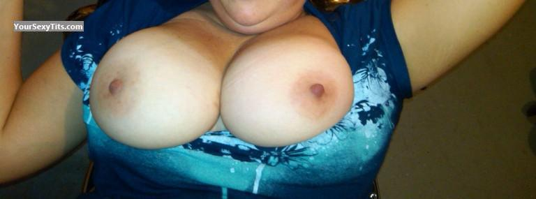 Tit Flash: Big Tits - Amanda from United States
