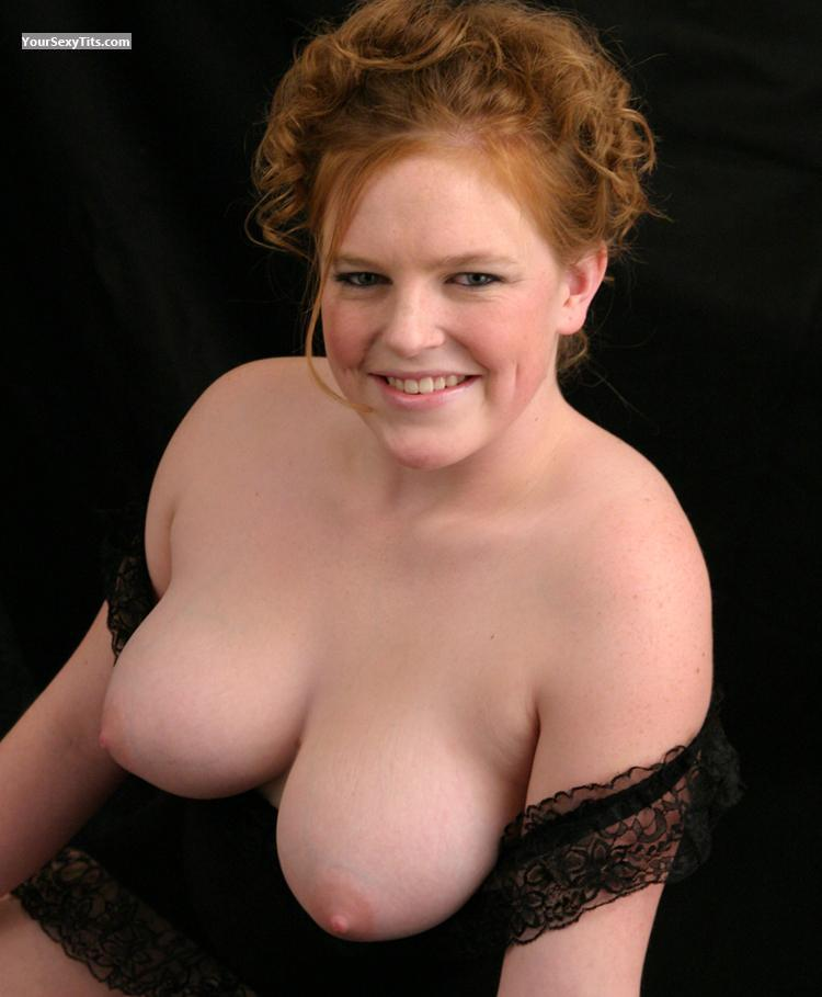 Tit Flash: Big Tits - Topless Noel from United States