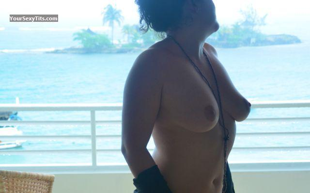 Tit Flash: Wife's Big Tits - Kandk from United States