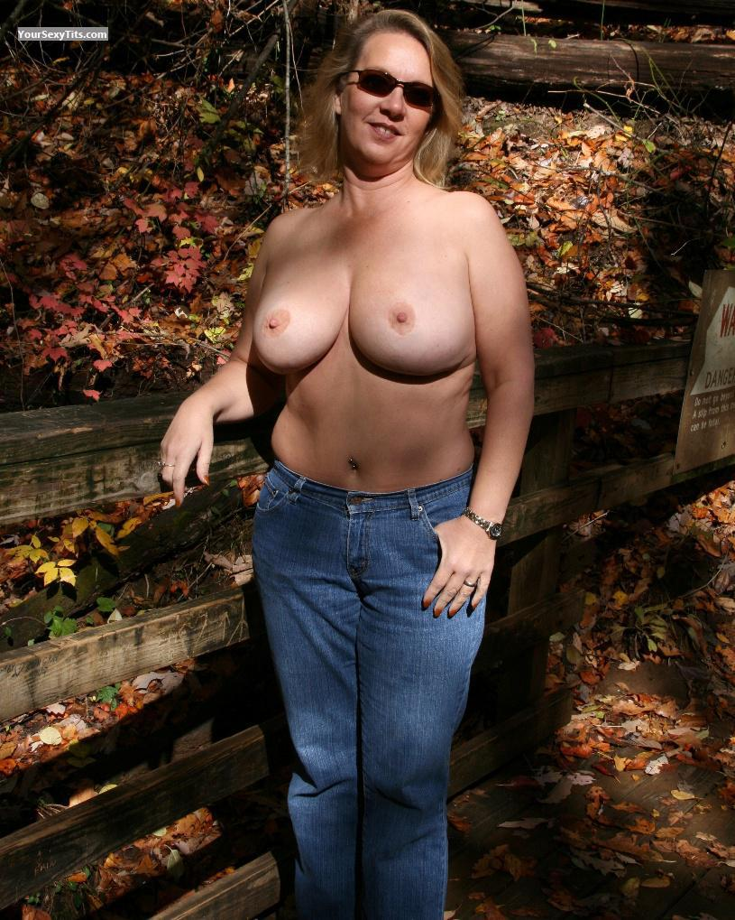 Tit Flash: Wife's Big Tits - Topless GA Lili from United States