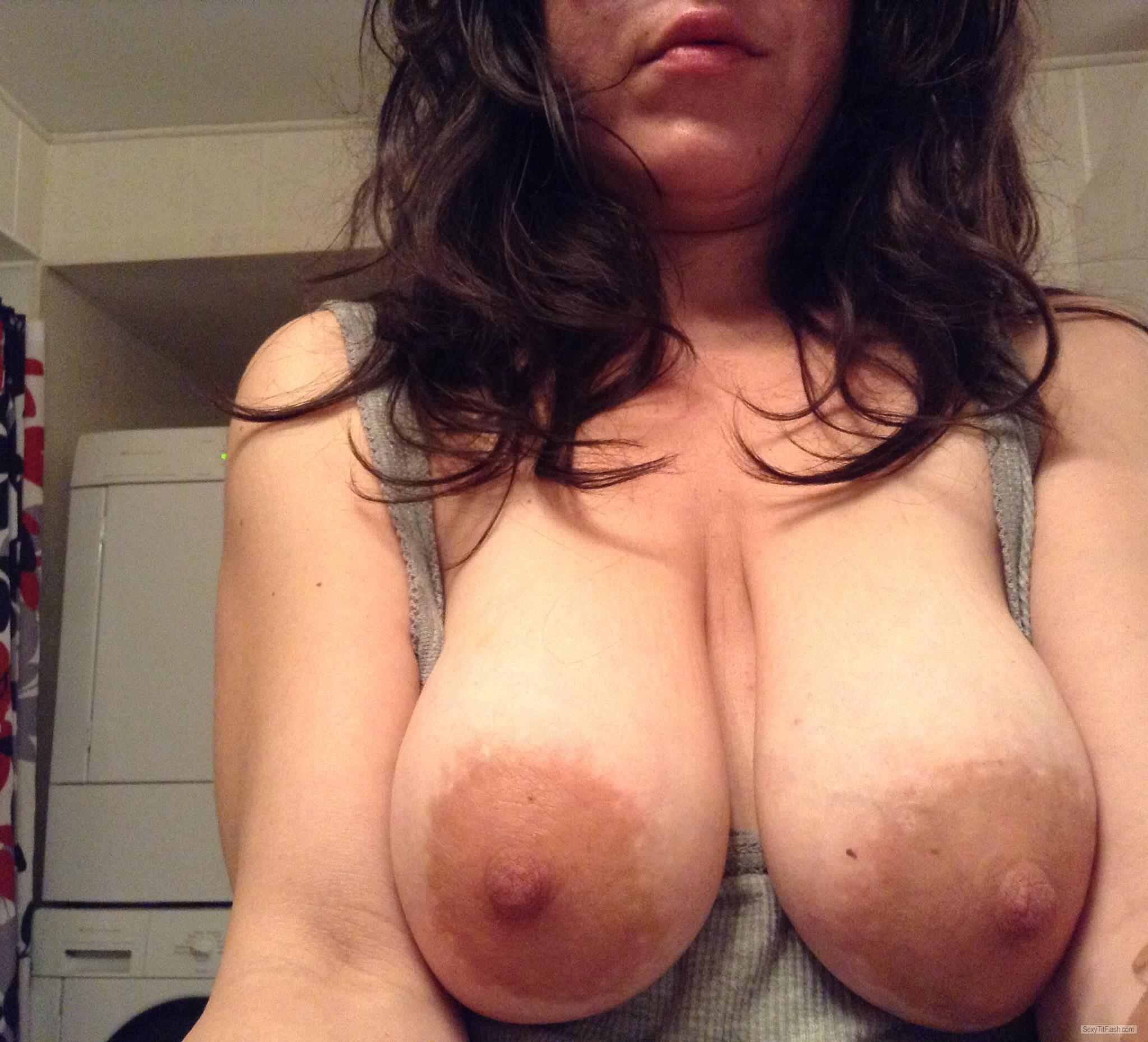 Tit Flash: Wife's Big Tits (Selfie) - Tittymom from United States