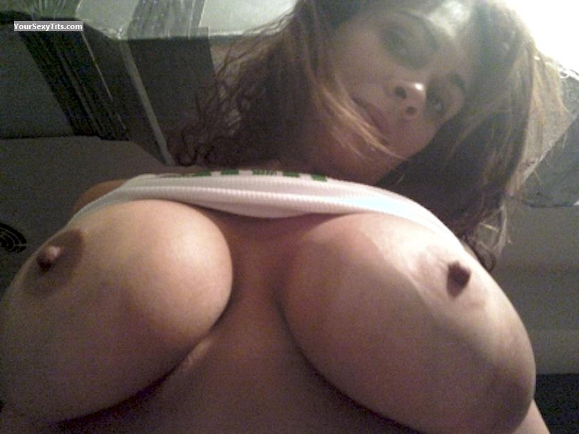 Tit Flash: Big Tits - Spicy Latina from United States