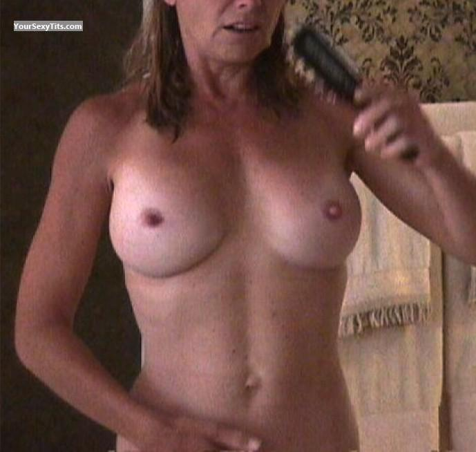 Tit Flash: Small Tits - VDM from United States