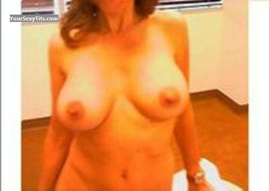 Tit Flash: Big Tits - Lynn from United States