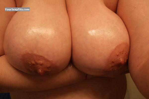 Tit Flash: Big Tits - Big Floppers W Milk from United States