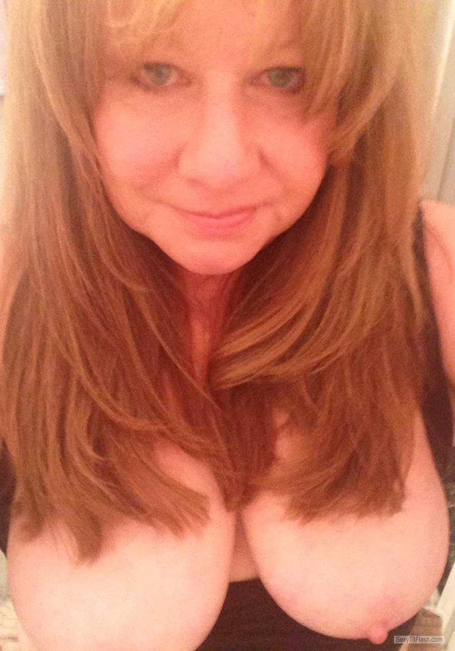 Tit Flash: Girlfriend's Big Tits (Selfie) - Topless Ronnie from United States