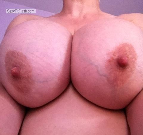 Tit Flash: My Extremely Big Tits By IPhone (Selfie) - Sexylady from United States
