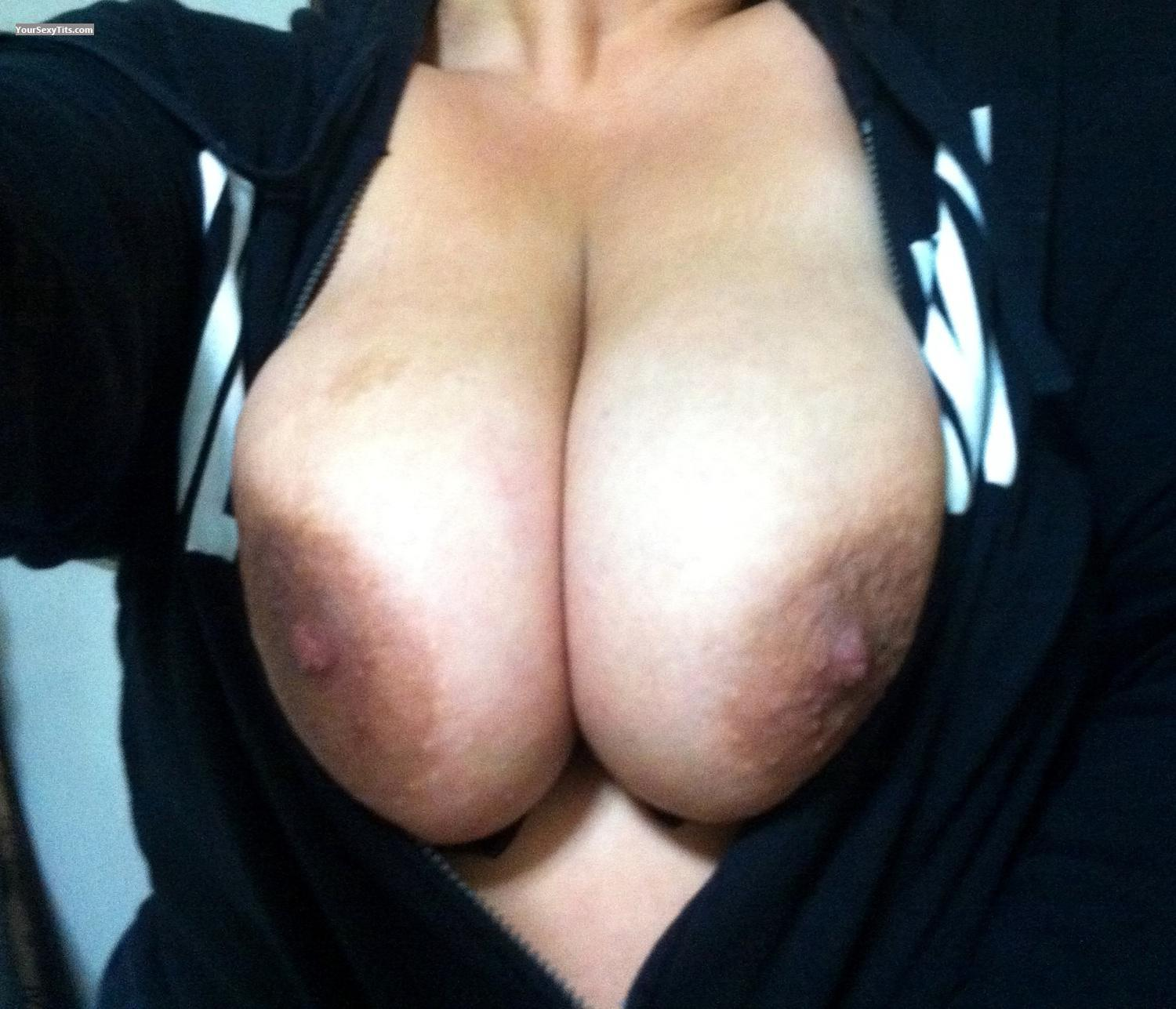 Tit Flash: Extremely Big Tits By IPhone - Lady Dee from United States