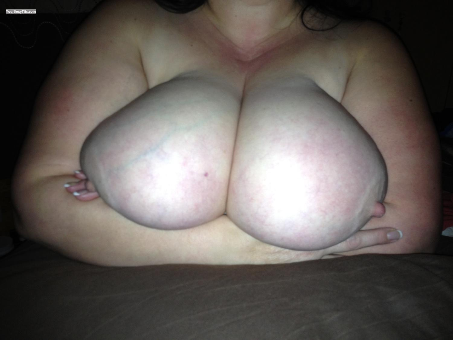 Extremely big Tits Djtalons